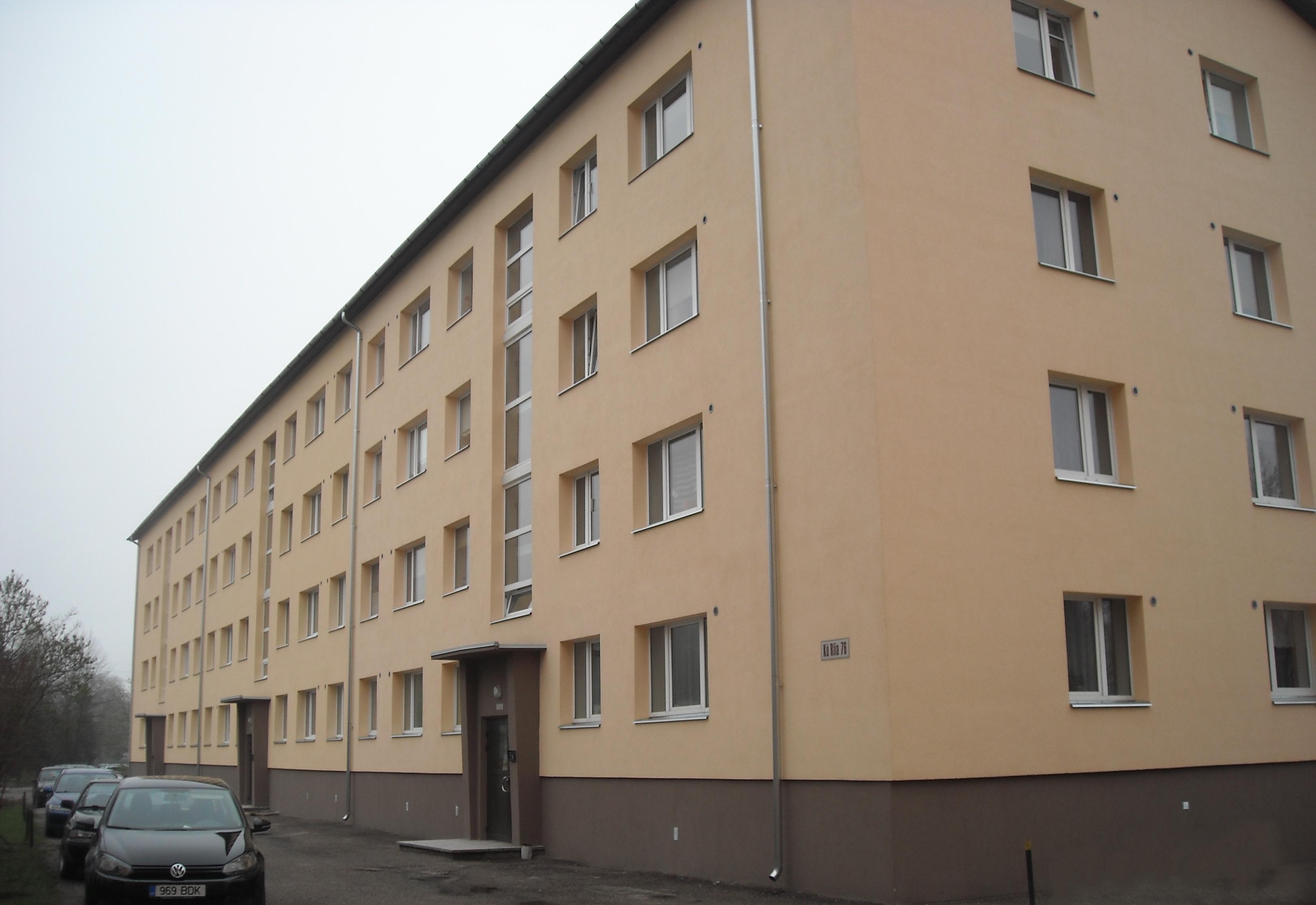 Kredexi toetusel renoveeritud katuse ja välispiirtega korterelamu